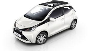 Noleggio Toyota-Aygo bianca Piccole Auto - Noleggio Grimaldi
