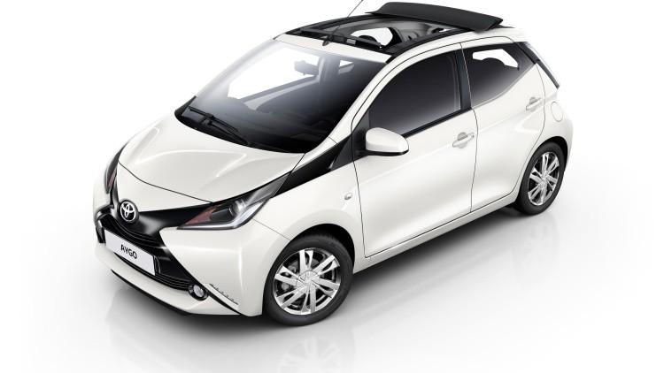 Noleggio Toyota-Aygo bianca Piccole Auto  – Noleggio Grimaldi